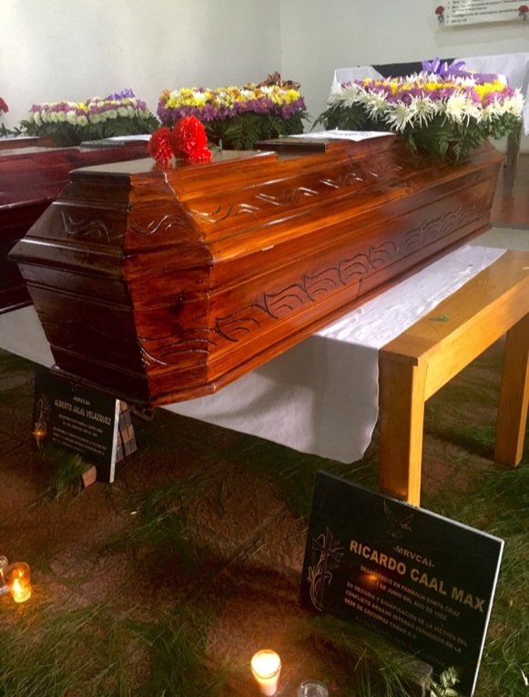 CREOMPAZ: the burial of Marta Elena Chen Ivoy