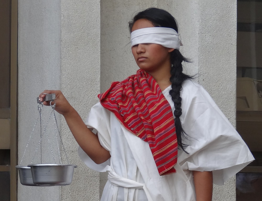 Sobrevivientes comparten sus observaciones mientras Ríos Montt está procesado por genocidio…otra vez