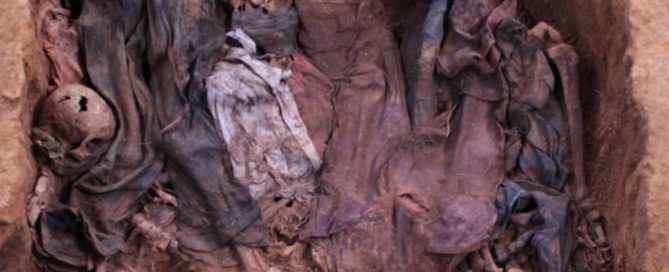 Picture of a exhumation at CREOMPAZ military bases, you can see remaining of bodies and clothes